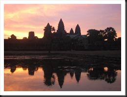 Angkor Wat at 5:54 am, 13 April 2013