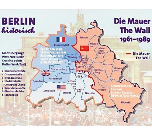 864454-Berlin_Wall-Berlin